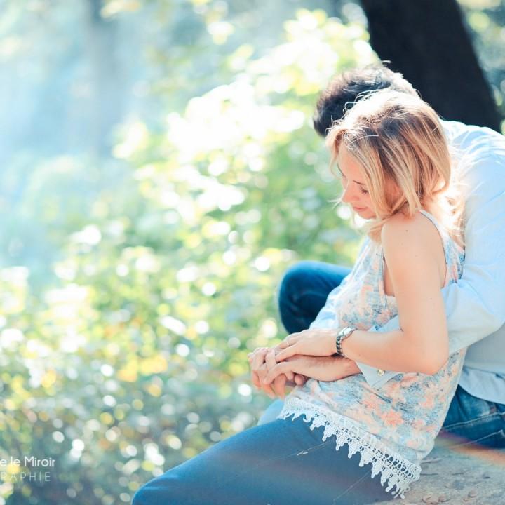Keep Calm & Have a look ! La Séance Engagement de Dorothée & Jean par L'OEil Derrière le Miroir Photographe de Couple à Grasse