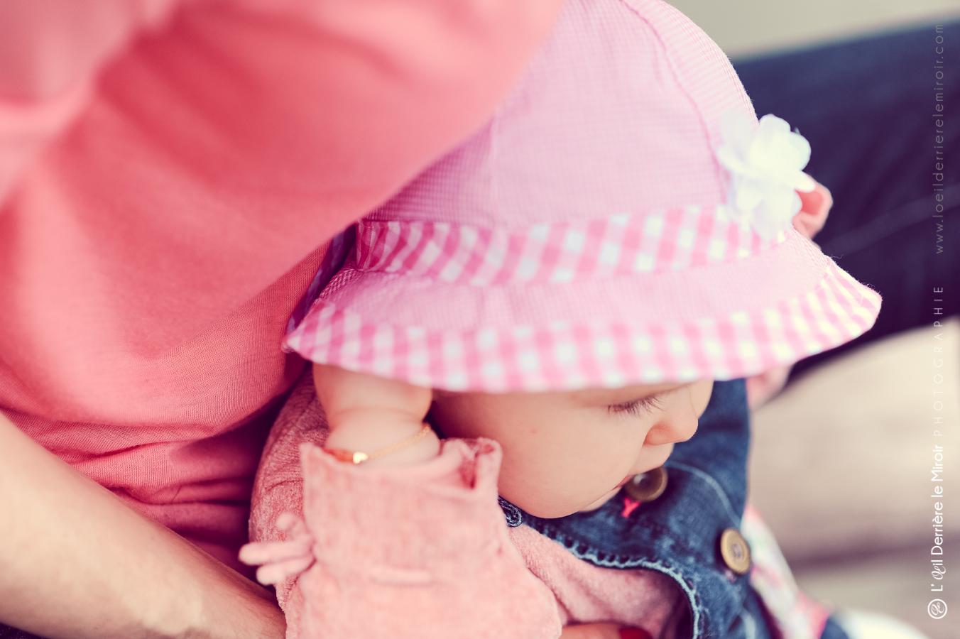 photographe-bebe-loeilderrierelemiroir-038