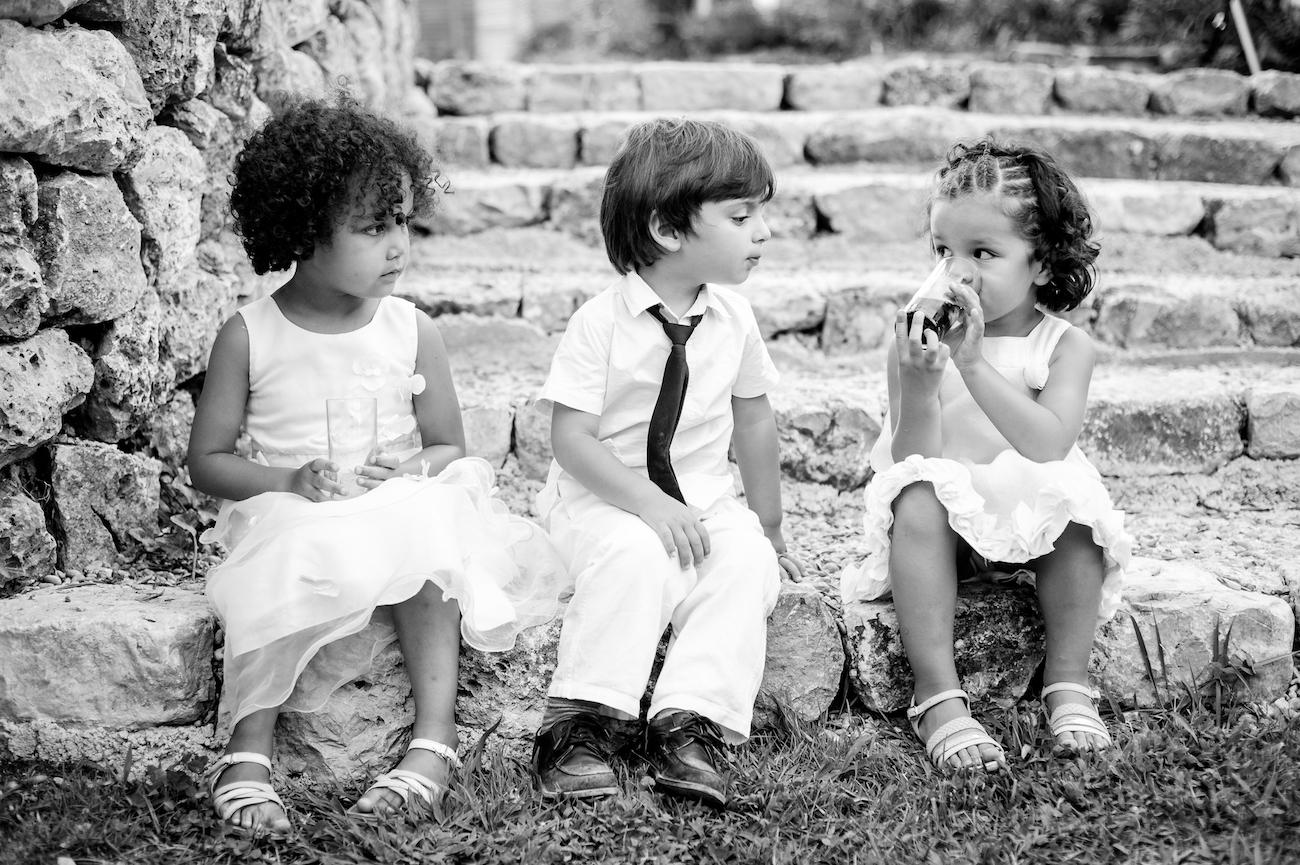 Enfants à un mariage en Provence Reportage Photo lifestyle