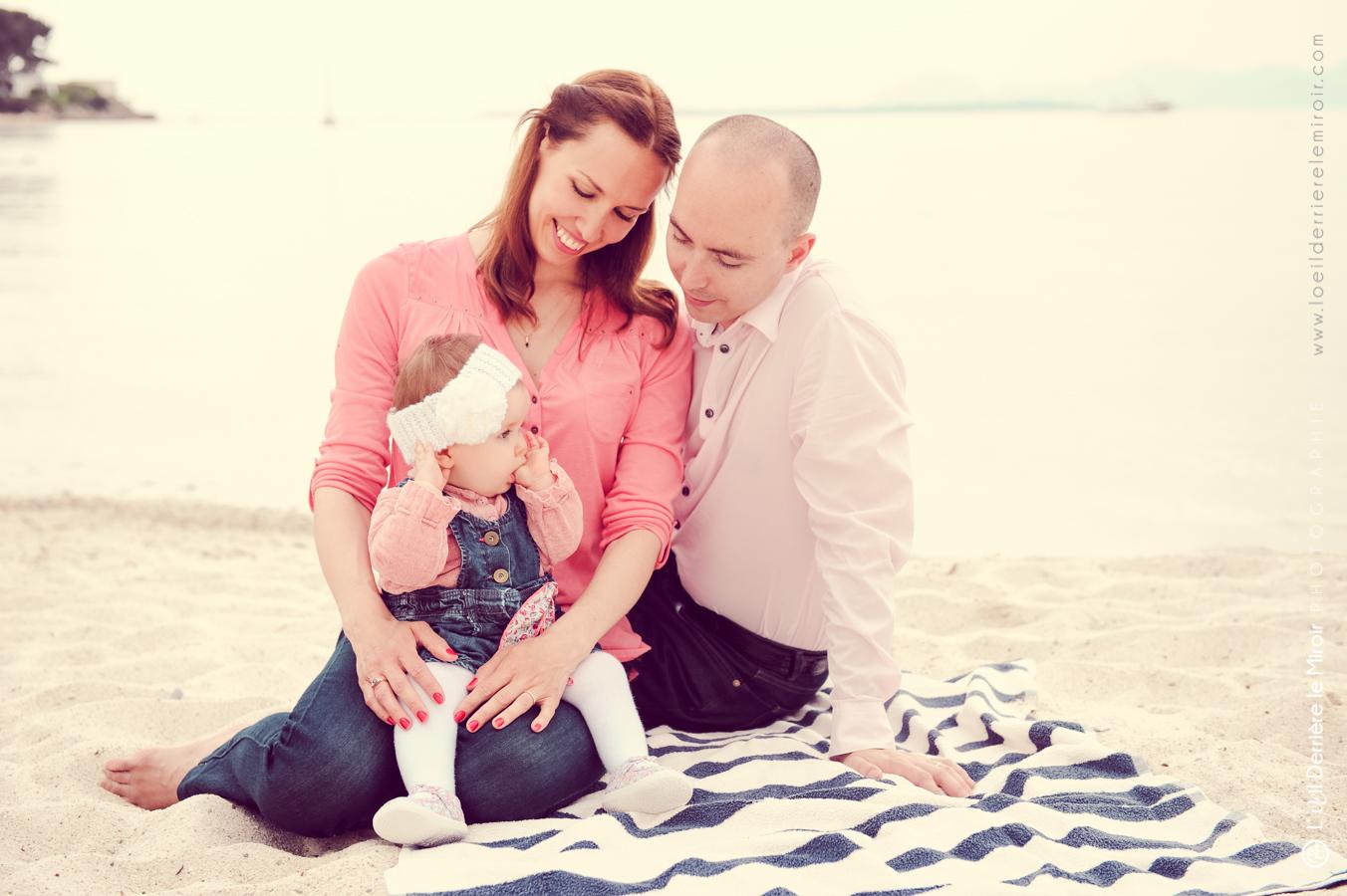 séance photo bébé en famille antibes 06