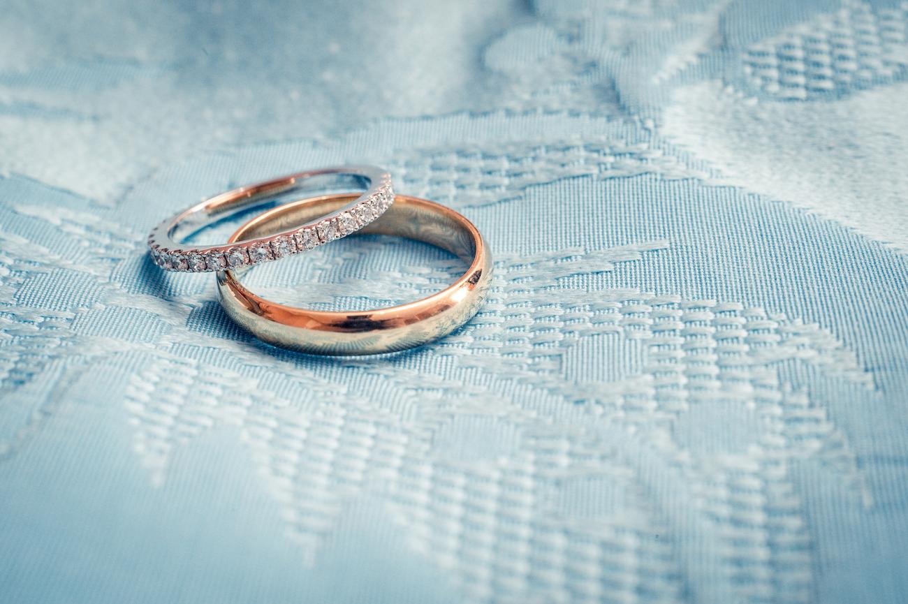 Alliances, Photo de Mariage au Negresco Nice par L'Œil Derrière le Miroir Photographe de Mariage