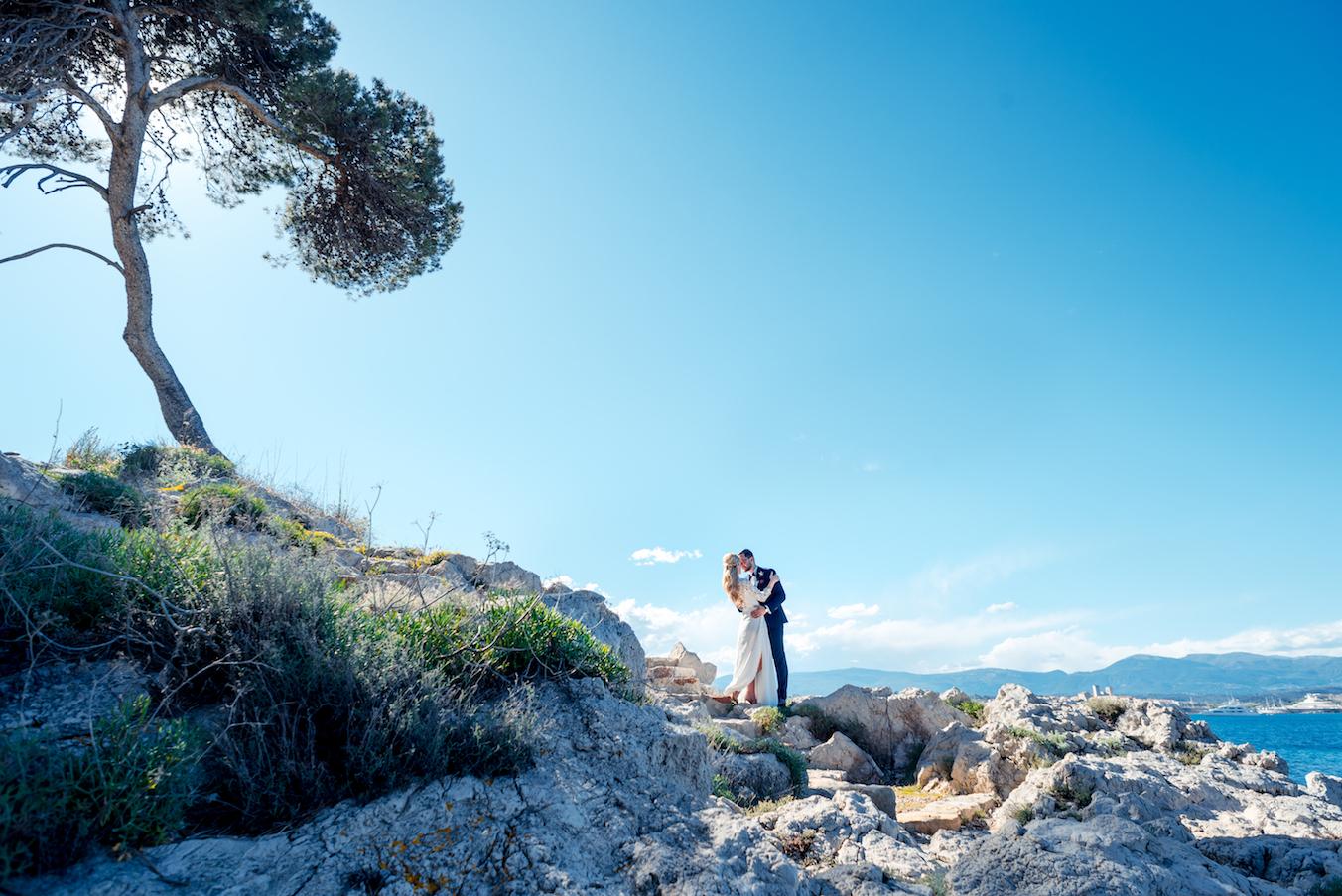 Antibes Wedding Belles Rives FrenAntibes Wedding Belles Rives French Riviera - Photographe Mariage Belles Rives ch Riviera